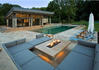 Classic travertine outdoor pool tiles