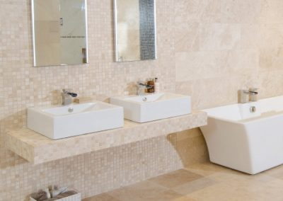 Travertine bathroom tiles